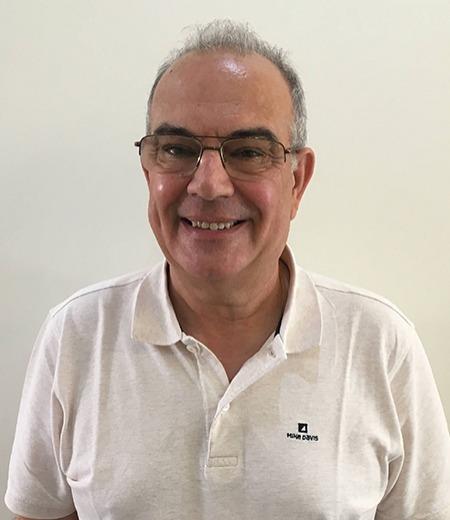 Dr. António Mestre