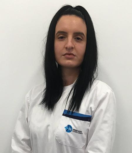 Dra. Daniela Oliveira