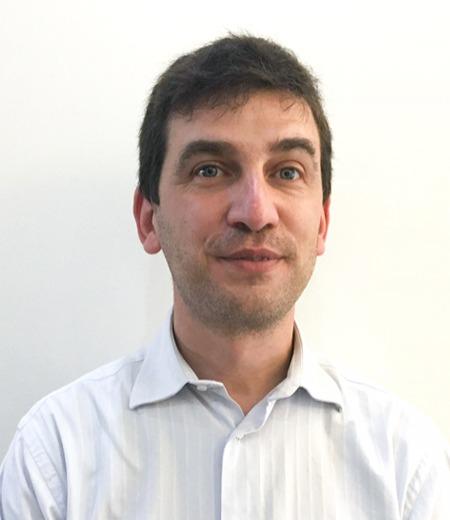 Dr. Emanuel Correia
